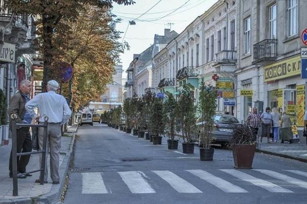 На вулицю Чорновола в Тернополі  чекає реконструкція