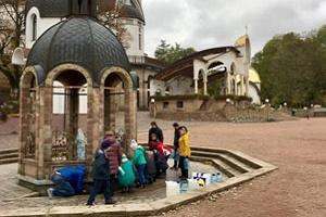 В Тернопільській області пересихає чудодійне джерело (Фото)