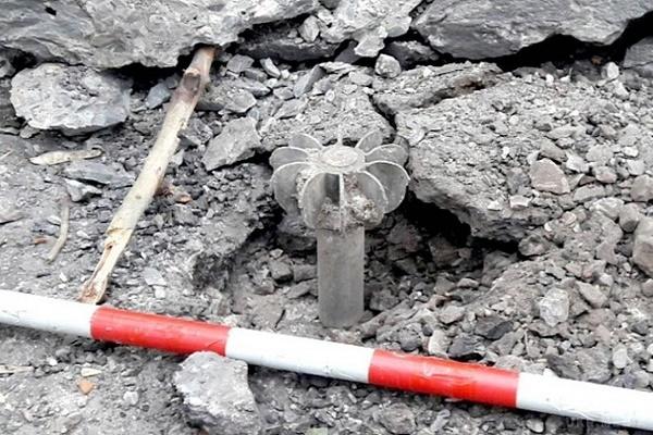 На Донбасі біля лікарні й технікуму розірвалися випущені терористами міни