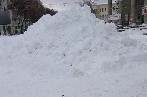 За наслідками снігового колапсу в Тернополі порушили кримінальну справу