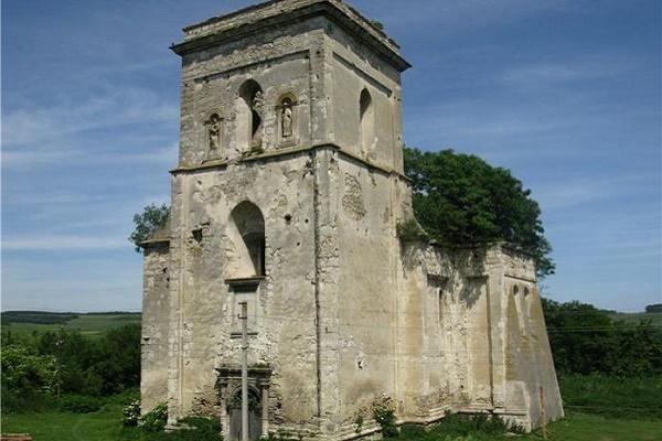 Село на Бережанщині, яке ще в XIV столітті зазнало рейдерської атаки (Фото)