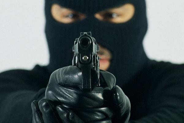 АТОвець перевіряв зброю прямо в автобусі