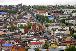 У мережі поширили неймовірне фото казкового містечка з Тернопільщини