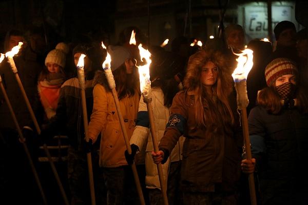 У Тернополі традиційно вшанували пам'ять Степана Бандери смолоскипною ходою (Фото)