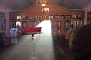 Світлини з богослужіння тернопільського архієпископа викликали ажіотаж у мережі (Фото)