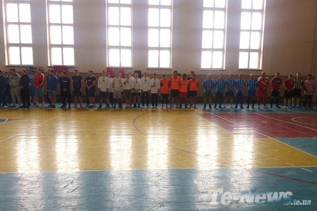 У Тернополі Українське козацтво провело турнір з мініфутболу, присвячений Героям Небесної Сотні