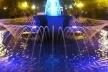 Рядові працівники міської ради чистять фонтани в Тернополі і роблять тим місто кращим (Відео)