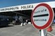 Українців не пускають за кордон через комунальні борги (Відео)