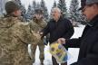 Військовим 44 бригади подарували м'ячі для гри у футбол та баскетбол