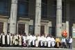Десятки священнослужителів Тернопільщини просто неба молилися за Україну на головній площі міста