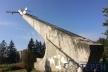 На пам'ятнику літака у Тернополі з'явилися нові тріщини. Чи загрожує це містянам? (Фото)