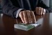 Голову ОТГ підозрюють у вимаганні 2,6 мільйона гривень