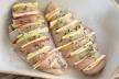 Курячі грудки з сиром та яблуками запечені в духовці