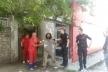 У Тернополі біля ринку заспокоювали буйного безхатька (Відео)