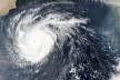 Синоптики повідомили, коли циклон принесе в Україну негоду