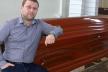 Голова Тернопільської ОДА Володимир Труш зобов'язав виділити 100 тисяч гривень з бюджету на придбання трун