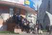 Тернополяни ринулися штурмувати секонд-хенди (Фото)
