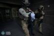Співробітники СБУ затримали злочинця, який захопив відділення банку (Фото)