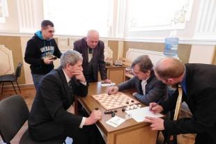 У Бережанах відбувається VI Всеукраїнський турнір з шашок (Фото)