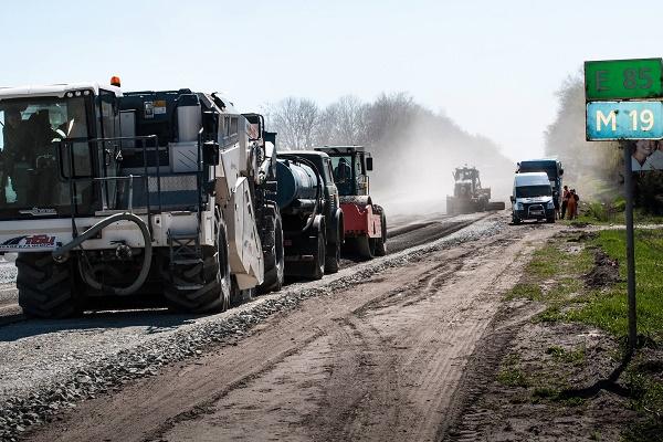 Три дороги на Тернопільщині кардинально зміняться завдяки співпраці дорожників і громад