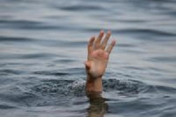 Чоловік, який врятував пенсіонерку, що впала в колодязь, того ж дня втопився в озері
