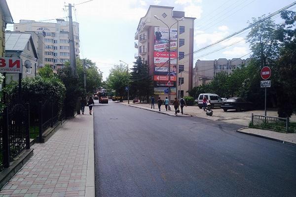 У Тернополі відремонтували дорогу на вулиці Шашкевича