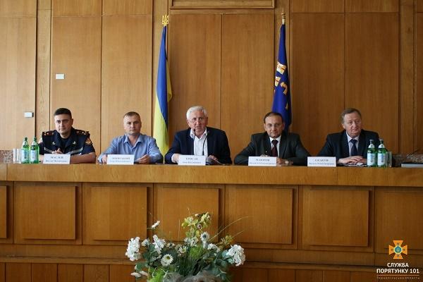 Жителів Тернопільщини просять із розумінням поставитись до командно-штабних навчань