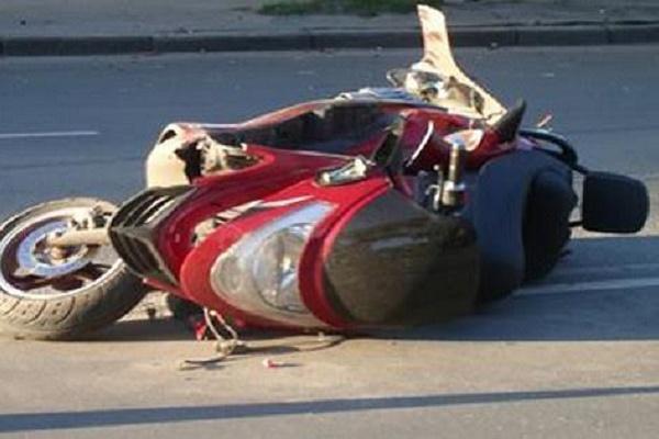 На Борщівщині мотоцикліст врізався у дерево