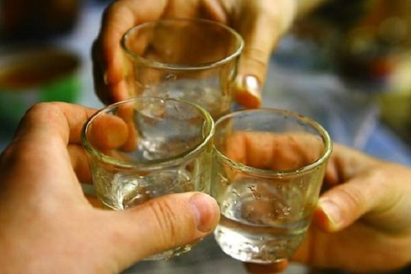 Проблему залежності від алкоголю, наркотиків і ігрових автоматів обговорили у Тернополі