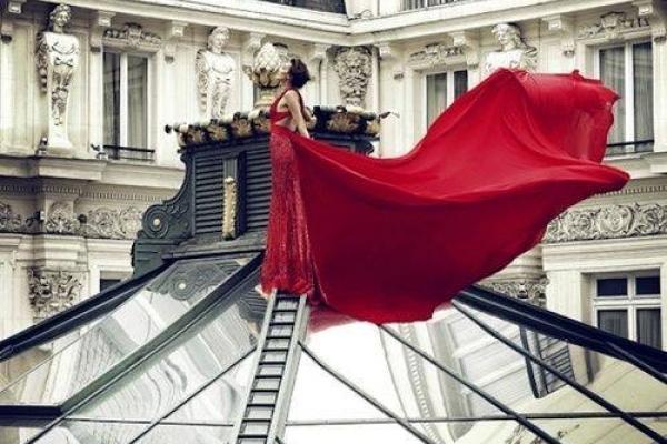 У модних крамницях шукайте не плаття, а себе