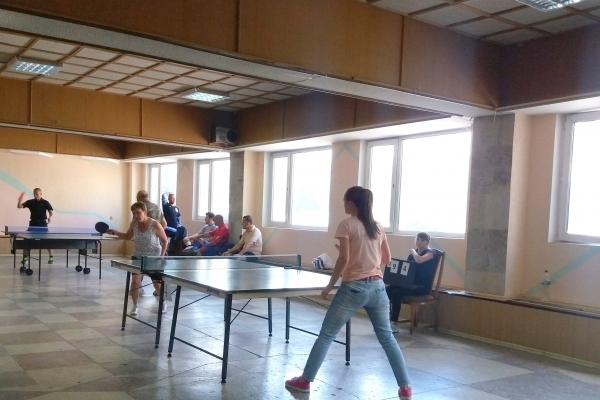 У Тернополі дорожники всієї України змагалися у міні-футболі і настільному тенісі