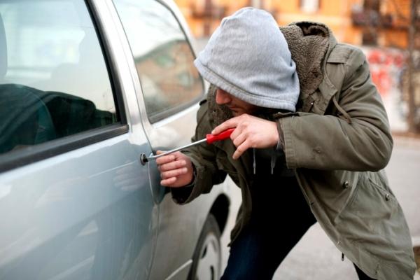 У Тернополі викрали автомобіль