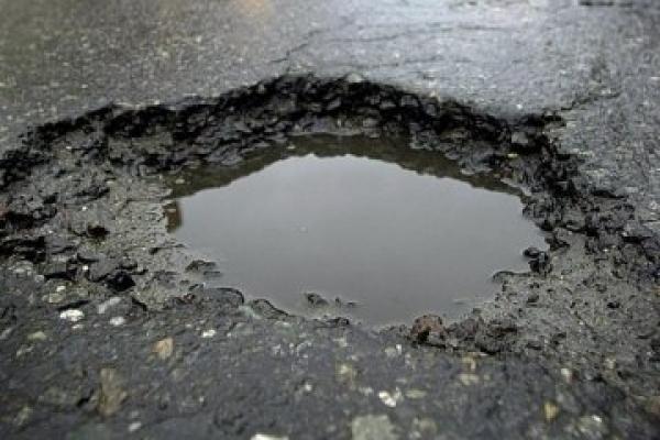 Тернополяни просять відремонтувати дорогу на вулиці Чалдаєва