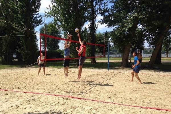 В Тернополі відбулися вже два турніри з пляжного волейболу