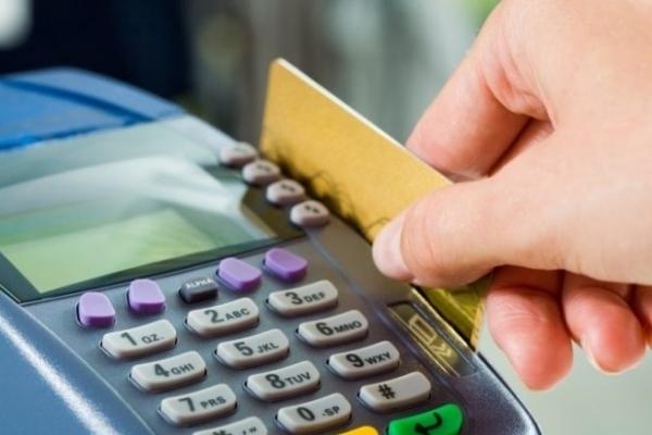 Банківські аферисти вкрали грошей на суму більше, ніж 16000 гривень