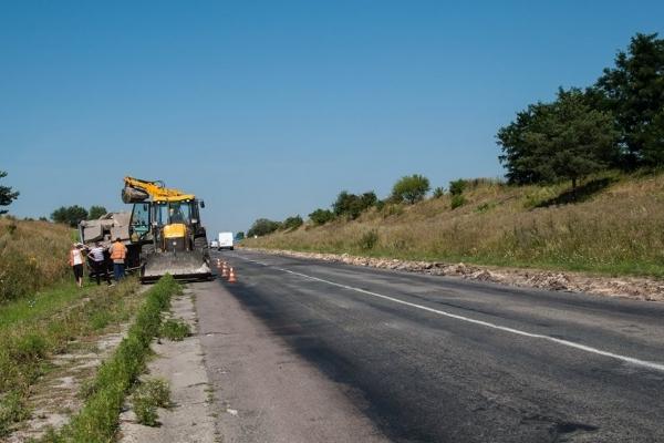 Дорогу Львів–Тернопіль вже розпочали ремонтувати