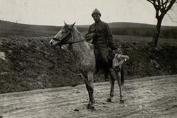 Турки в селі Куряни на фото 1915-1917 років