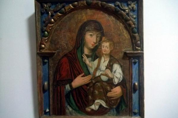 На Чортківщині мешканці помітили у храмі підмінену ікону