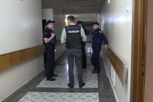 Копи спіймали лікарняного терориста