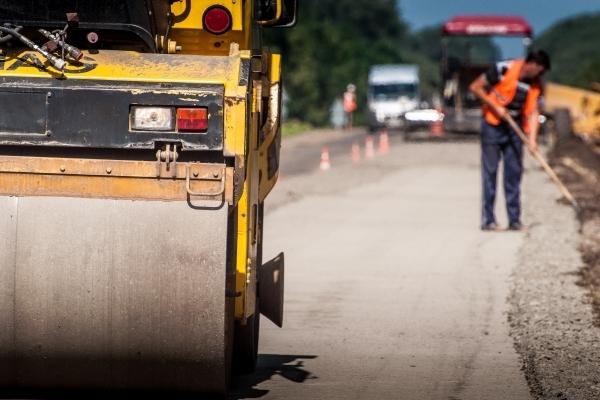 Стратегічно важлива дорога Львів-Тернопіль оновлюється день за днем (Фото)