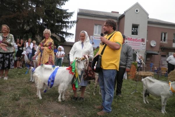 Тернопілля фестивальне: коза ходить – поле родить