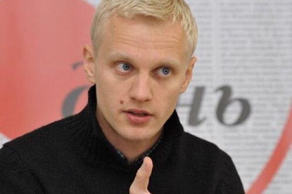 Українська влада впевнено скочується в прірву диктатури