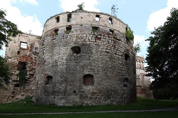 Бережанський замок відновлять у рамках президентської ініціативи «Велике будівництво»