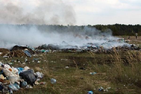 Пожежа на стихійному сміттєзвалищі Тернопільщини