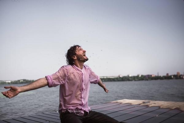 Співак та учасник популярного співочого шоу Володимир Трач зняв кліп у Тернополі (Фото)