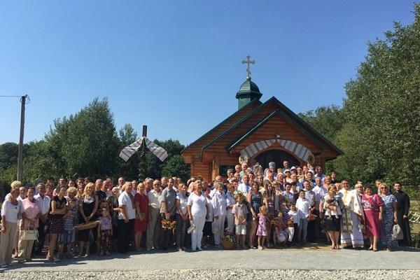 Неподалік Тернополя збудували церкву спеціально для дачників