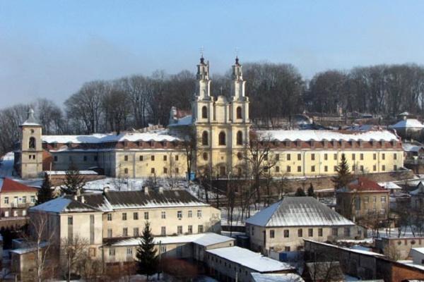 Краса і таємниці Бучацького монастиря отців Василіян
