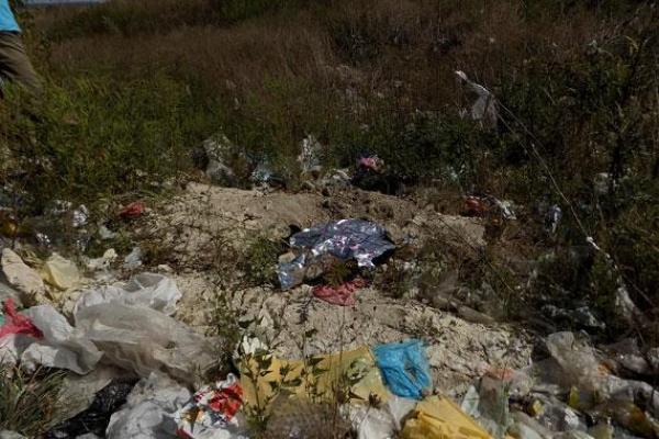 Немовля, виявлене на Малашівському сміттєзвалищі, було народжене не в пологовому: подробиці інциденту