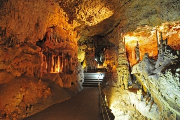 Найбільше підземне озеро України знайшли у найдовшій гіпсовій печері світу