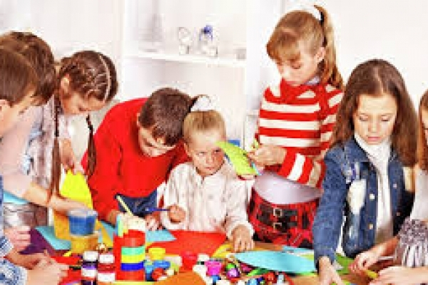 До 15 вересня записуйте дітей в гуртки у центрі науково-технічної  творчості!